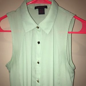 Imaginary Voyage size S light green sheer top